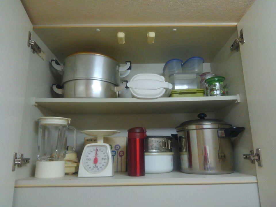 キッチン吊戸棚に収納したモノ