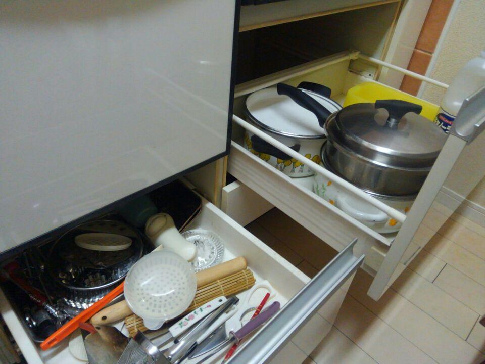 システムキッチンの収納について考えてみた