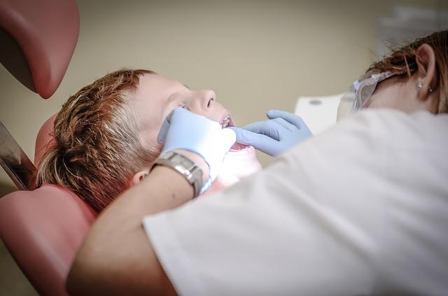 歯周病治療とノンメタル治療