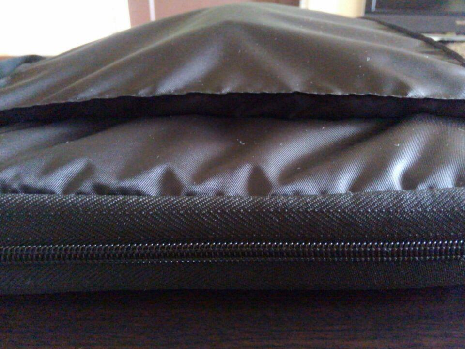 希望に合うノートパソコン用の鞄を買いました5