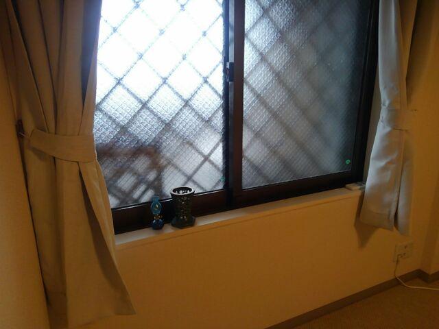 【DIY】窓下壁面、折り畳み式棚受けを利用したカウンター作り方「カウンターを取り付けたい窓下壁面はこちら」