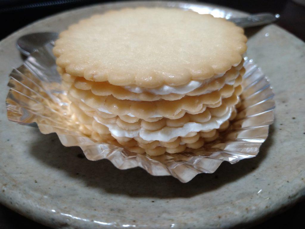 ハーベストアレンジレシピ・ミルフィーユサンドがレアチーズケーキ風でまじ美味すぎ!